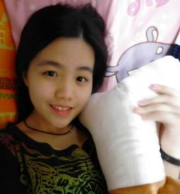 【女神认证】妍妍。。点赞(●˙ε˙●)选我